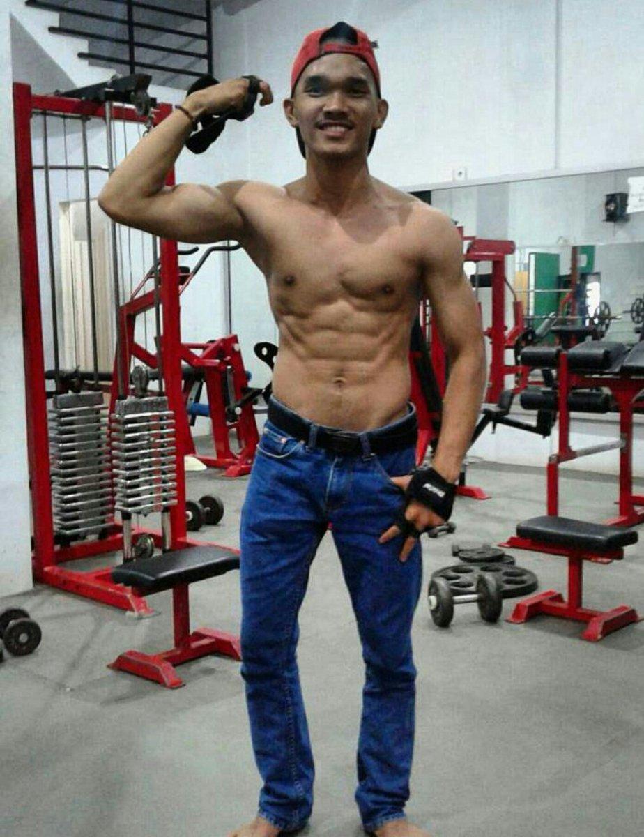 Shirtless Lovers Indonesian Guys  Shirtless-4260