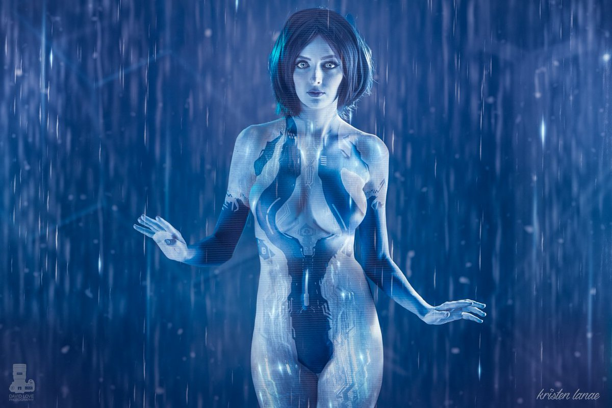 Gamergril On Twitter Wow Best Cosplay Of Cortana I Ve