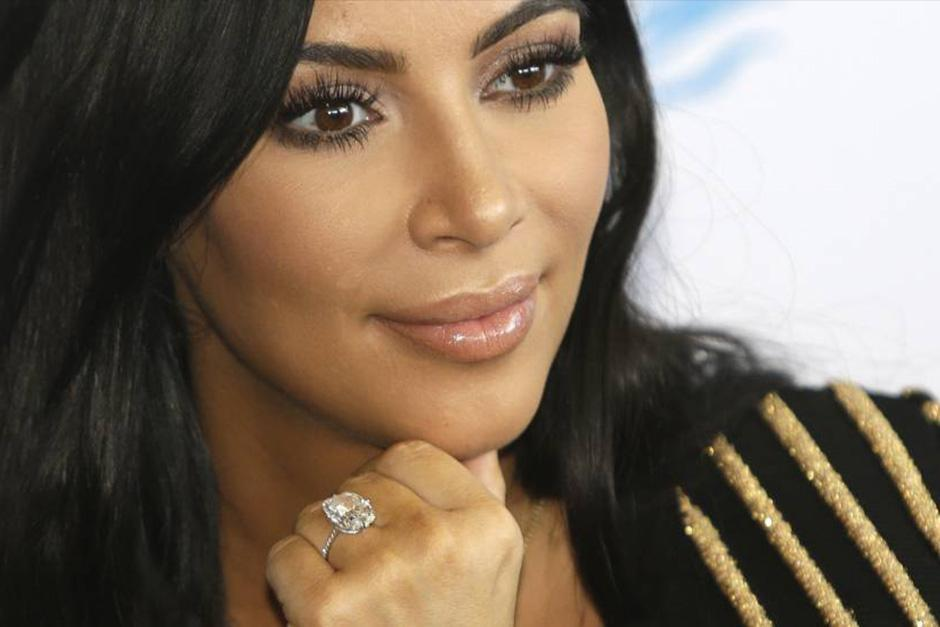 Kim Kardashian sta perdendo un milione di dollari al mese.