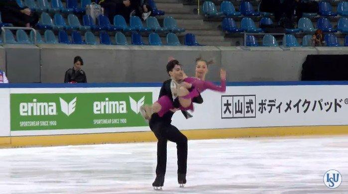 Анастасия Шпилевая - Григорий Смирнов/ танцы на льду - Страница 7 CuE0NYPVUAAeGq9