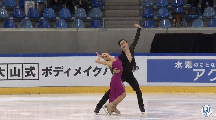 Анастасия Шпилевая - Григорий Смирнов/ танцы на льду - Страница 7 CuE0R_4UkAA0VjF