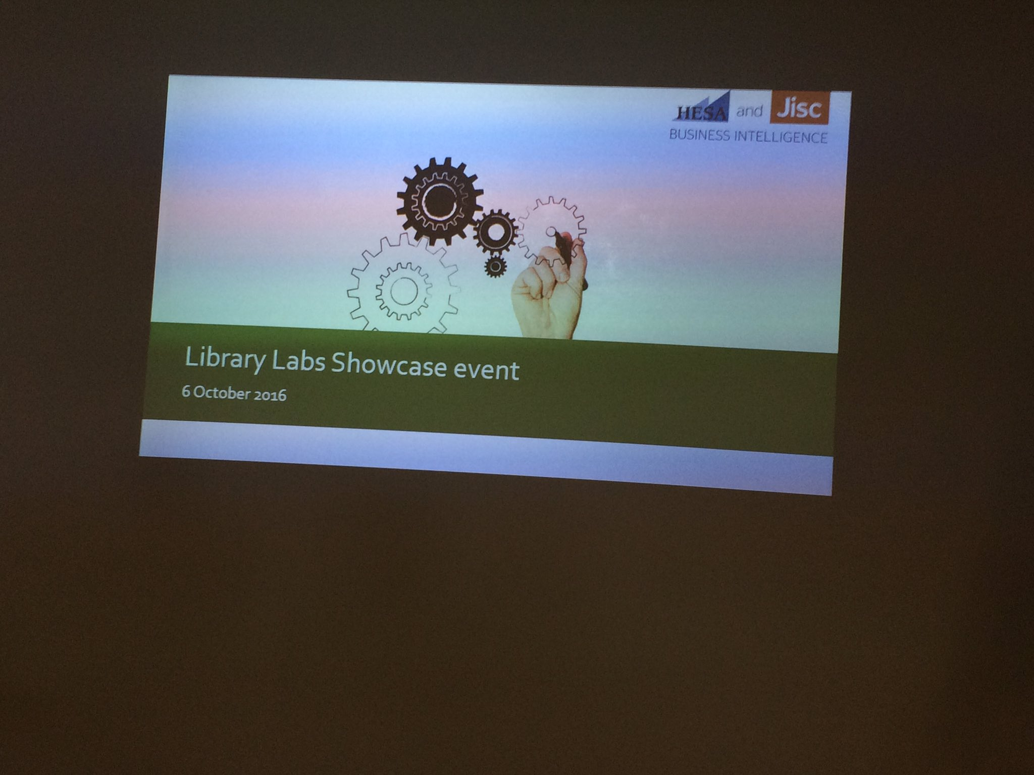 @Jisc HESA Library Data Labs showcase today #hesajiscbi https://t.co/YNqFQyr5HC