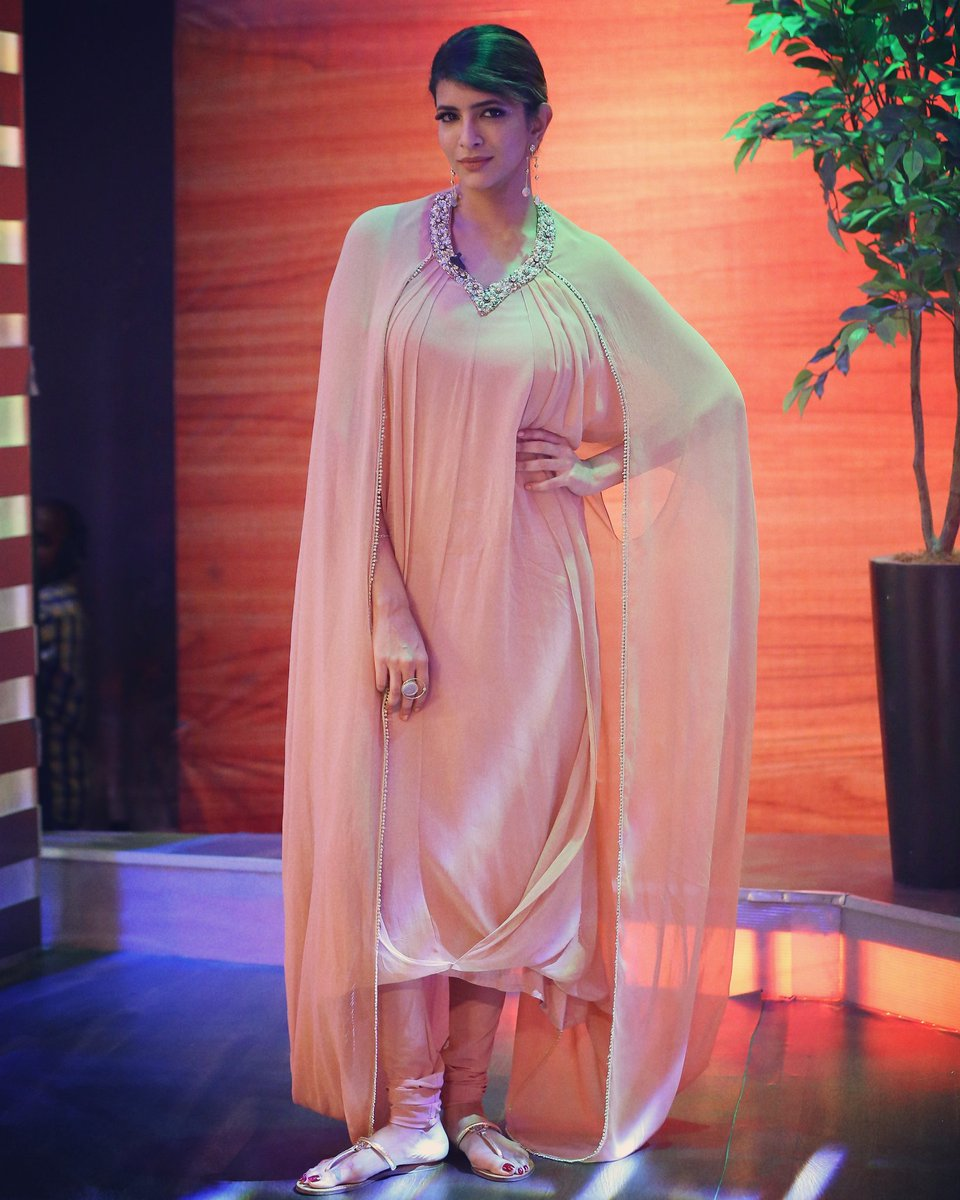 @LakshmiManchu for #memusaitham in @nidhikashekhar , jewelry @ikroop_in , styled by @shweta_malpanipic.twitter.com/mJQeXn0M0M