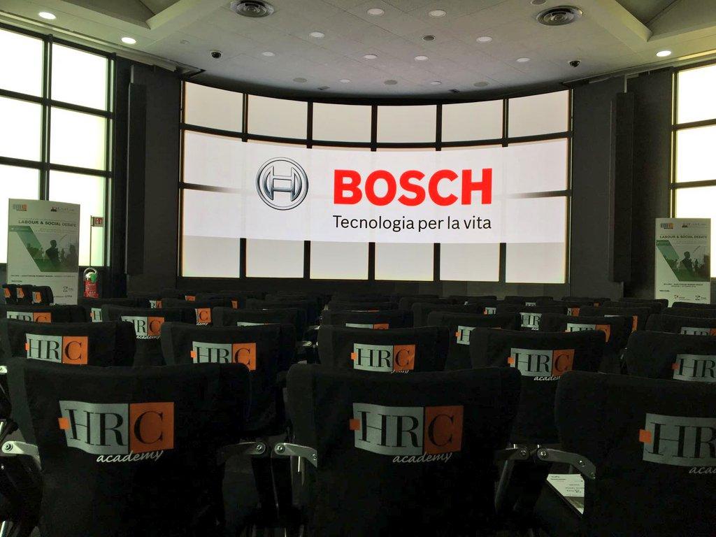 ⚠ #workinprogress #labour & #social Debate➡domani #HRCWelf2016 @ Auditorium Robert Bosch https://t.co/rpUhzRslF3