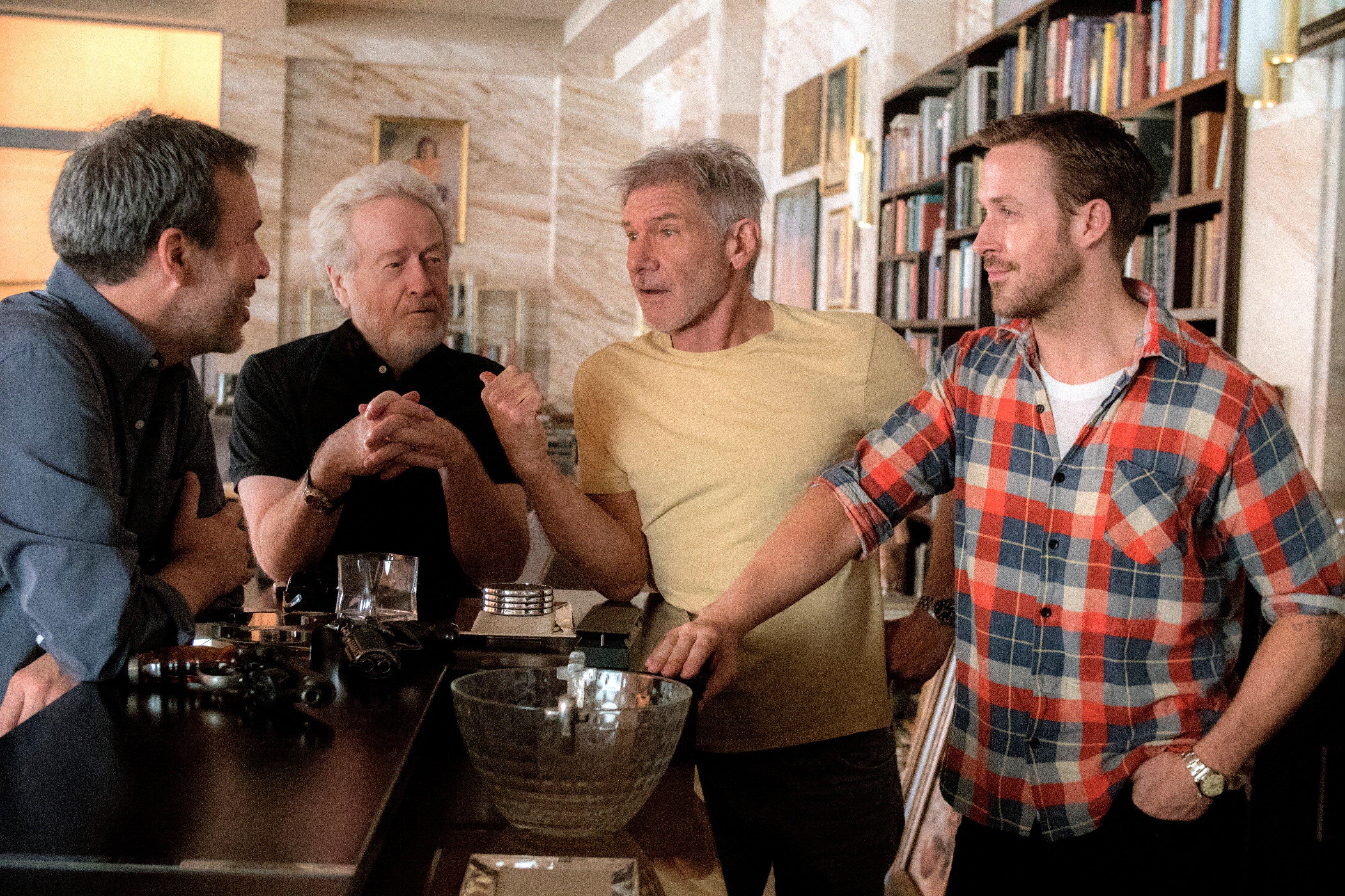 Post -- Blade Runner 2049 - 17/06/2017 -- Segundo Trailer CuGK6TYXYAAWPpD