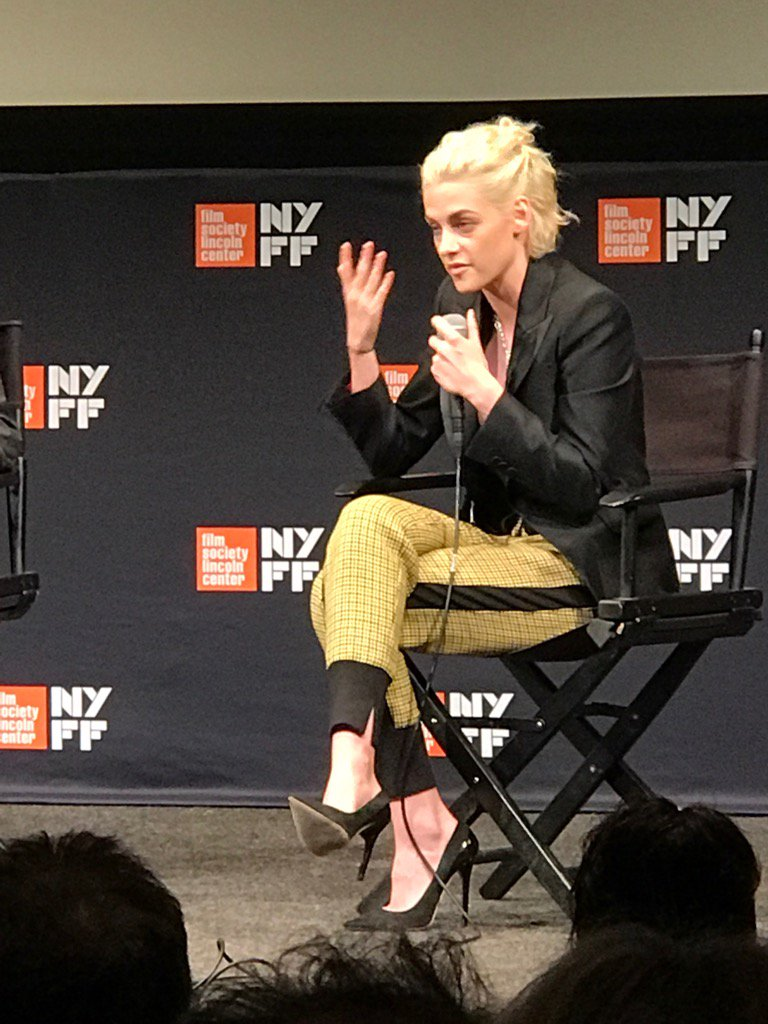 Kristin Stewart talks about her role in Personal Shopper, a ghost story movie, at New York Film Festival https://t.co/cXJmTNQMDg