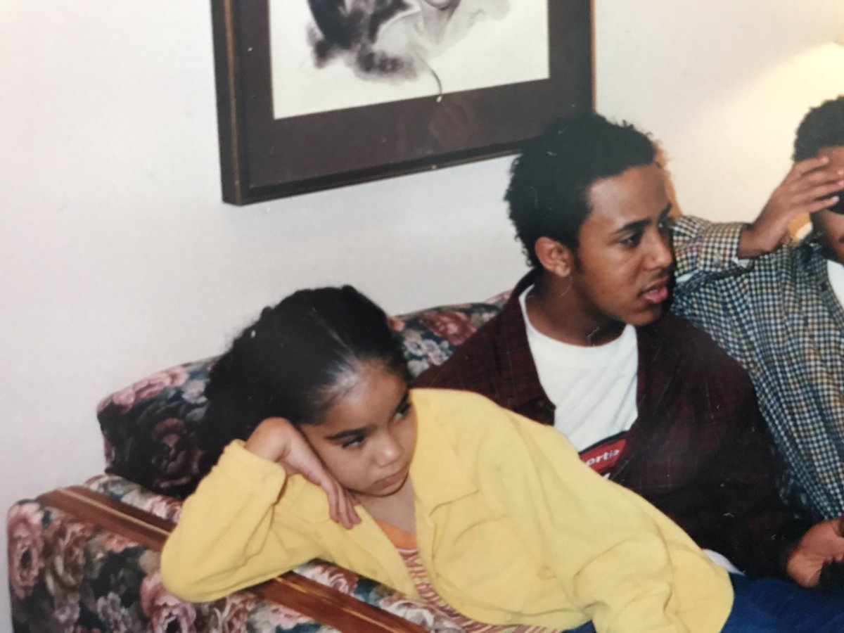 When you're going through a box of old photos & find throwback pics of @JheneAiko & @MilaJ....So random. https://t.co/c2fEnfveYp