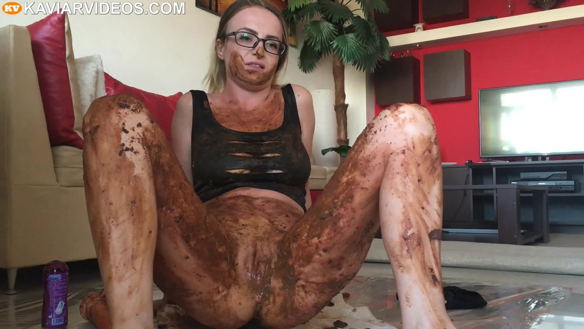 Extreme bondage and face fuck when a 4