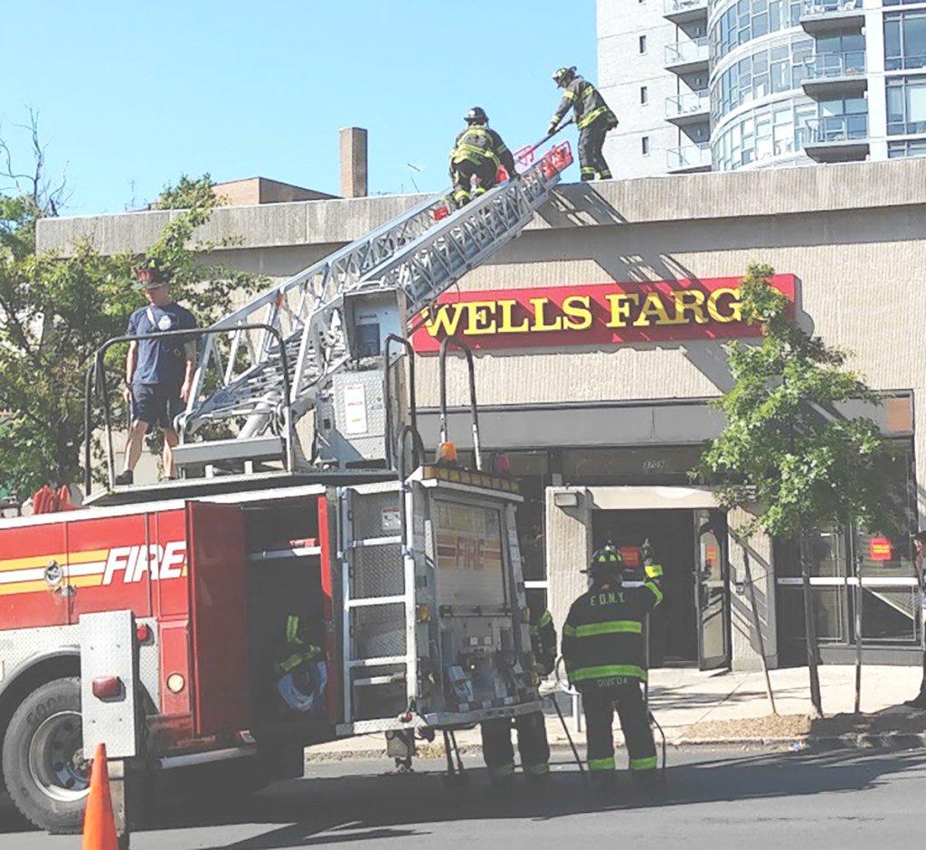 Bronx Voice On Twitter Gas Leak At Wells Fargo Bank On Riverdale