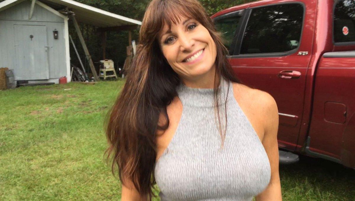Farm Girl Jen Nude Photos 77