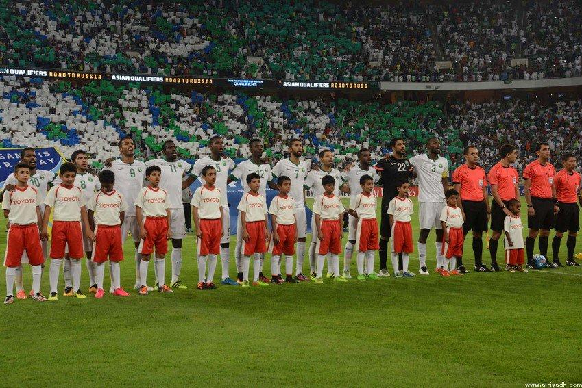 صحيفة الرياض : الأخضر يتعادل مع أستراليا بهدفين لمثله (ج3 تصفيات كأس العالم 2018م) coobra.net