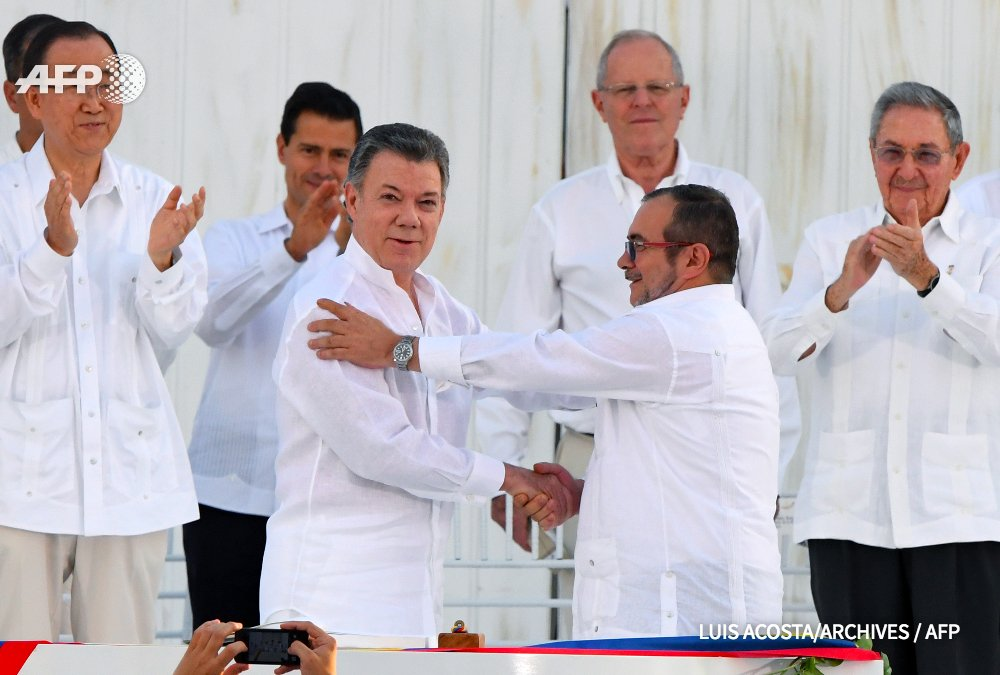 Le prix #Nobel de la paix attribué au président colombien @JuanManSantos pour ses efforts dans le processus de paix… https://t.co/fFcjMFrVeh