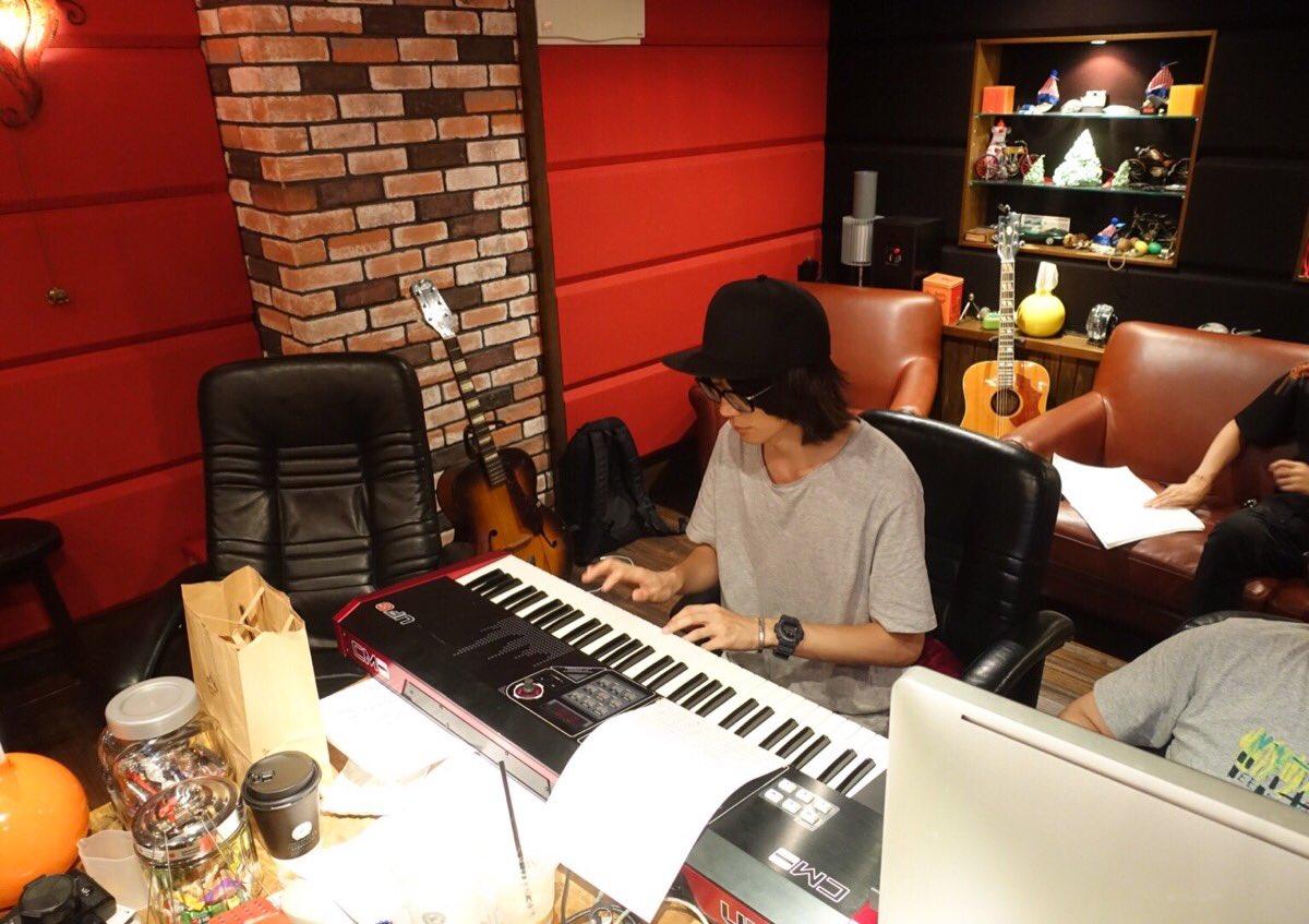 藤原基央 ピアノ