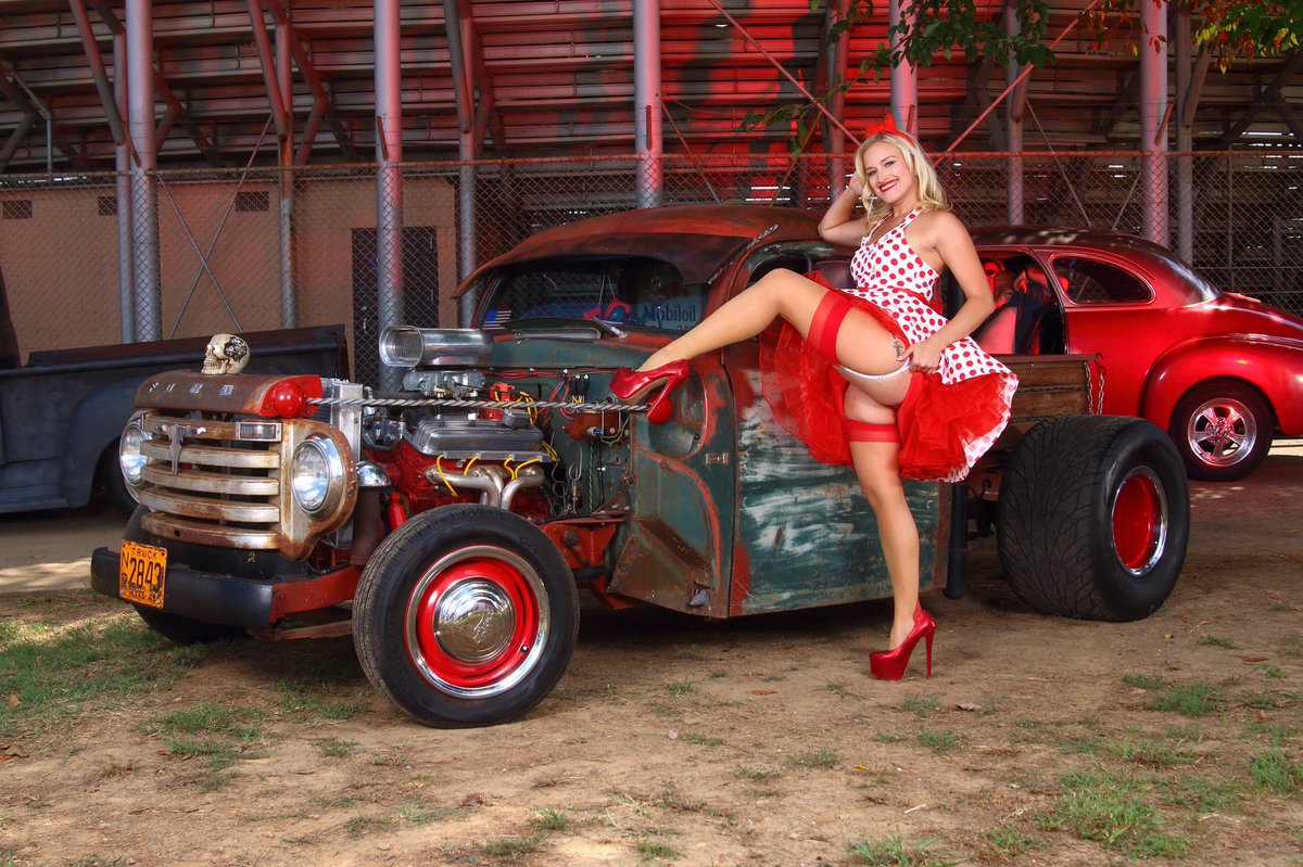 Delicious Dolls Mag On Twitter Nikki Kiss Works The Car Show - Car show dolls
