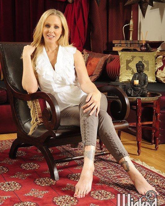 Julia Ann FansPage on Twitter: #JuliaAnn #MILF #Blonde #