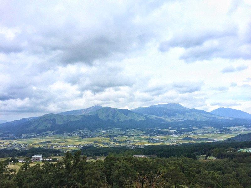 【速報】 南阿蘇村久木野地区、噴火の影響なし。  #南阿蘇 #久木野 #阿蘇山噴火 #熊本 https://t.co/vQKAHLEGlW