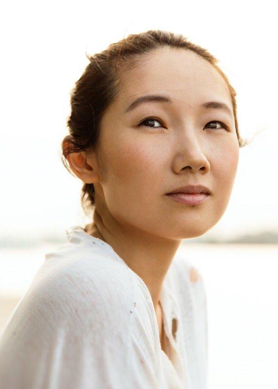Ying Ying Li Nude Photos 28