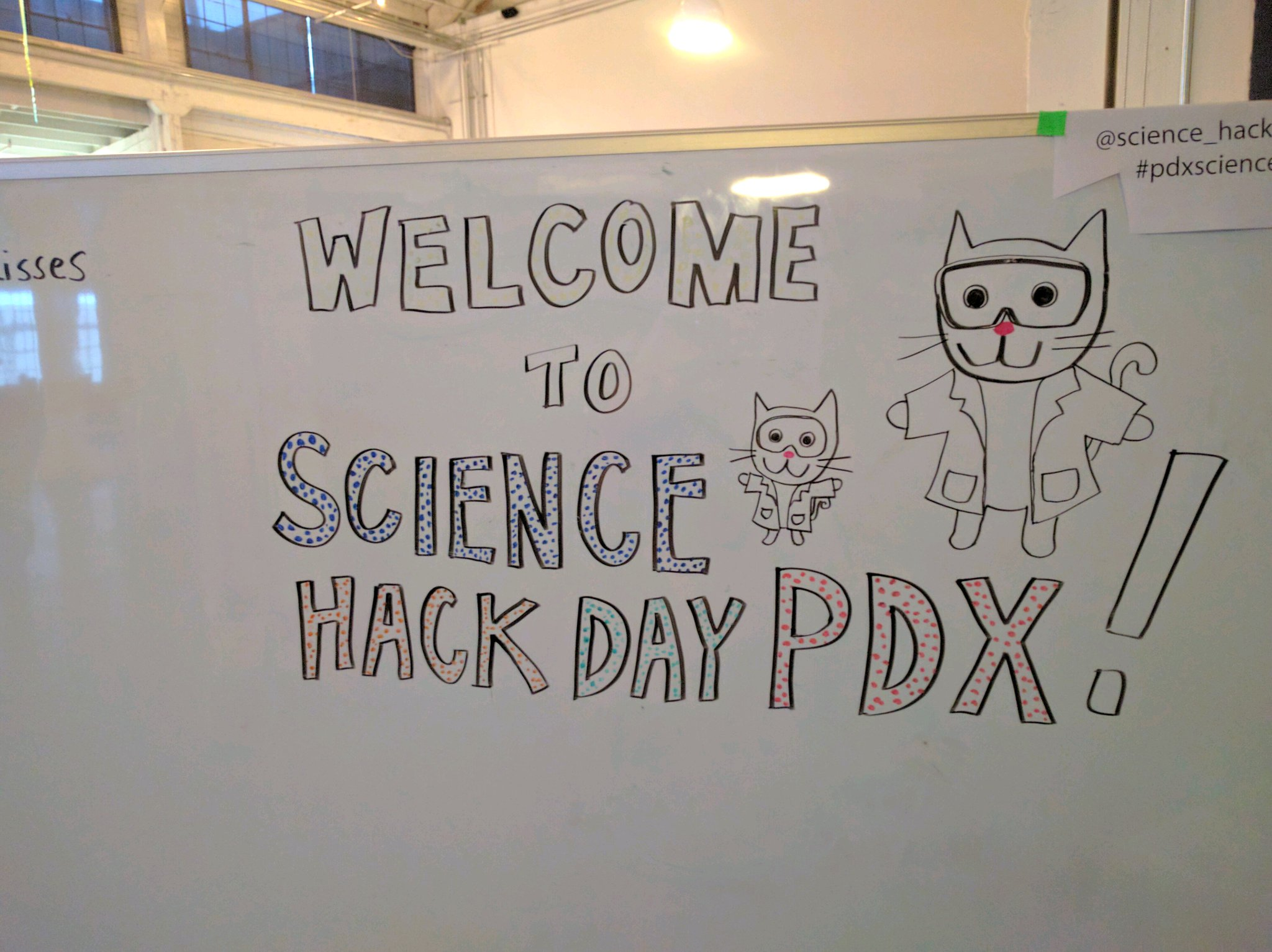 Yay, SCIENCE!! Ahoy, @science_hackPDX! 💃 #pdxscience (@ XOXO @OutpostPdx in Portland, OR) https://t.co/anNYDqwAy8 https://t.co/OzuELizY5J