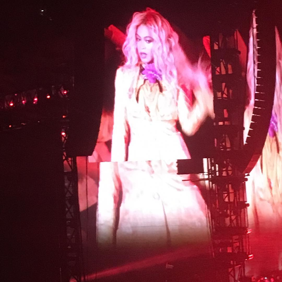 Beyoncé >> The Formation World Tour - Página 44 CuNgqVnWEAIxLw_