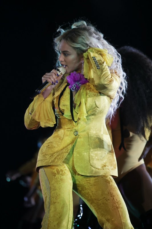 Beyoncé >> The Formation World Tour - Página 44 CuOE8NkWgAA9H-t