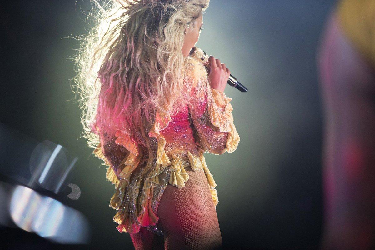 Beyoncé >> The Formation World Tour - Página 44 CuP93k-WAAAEUHD