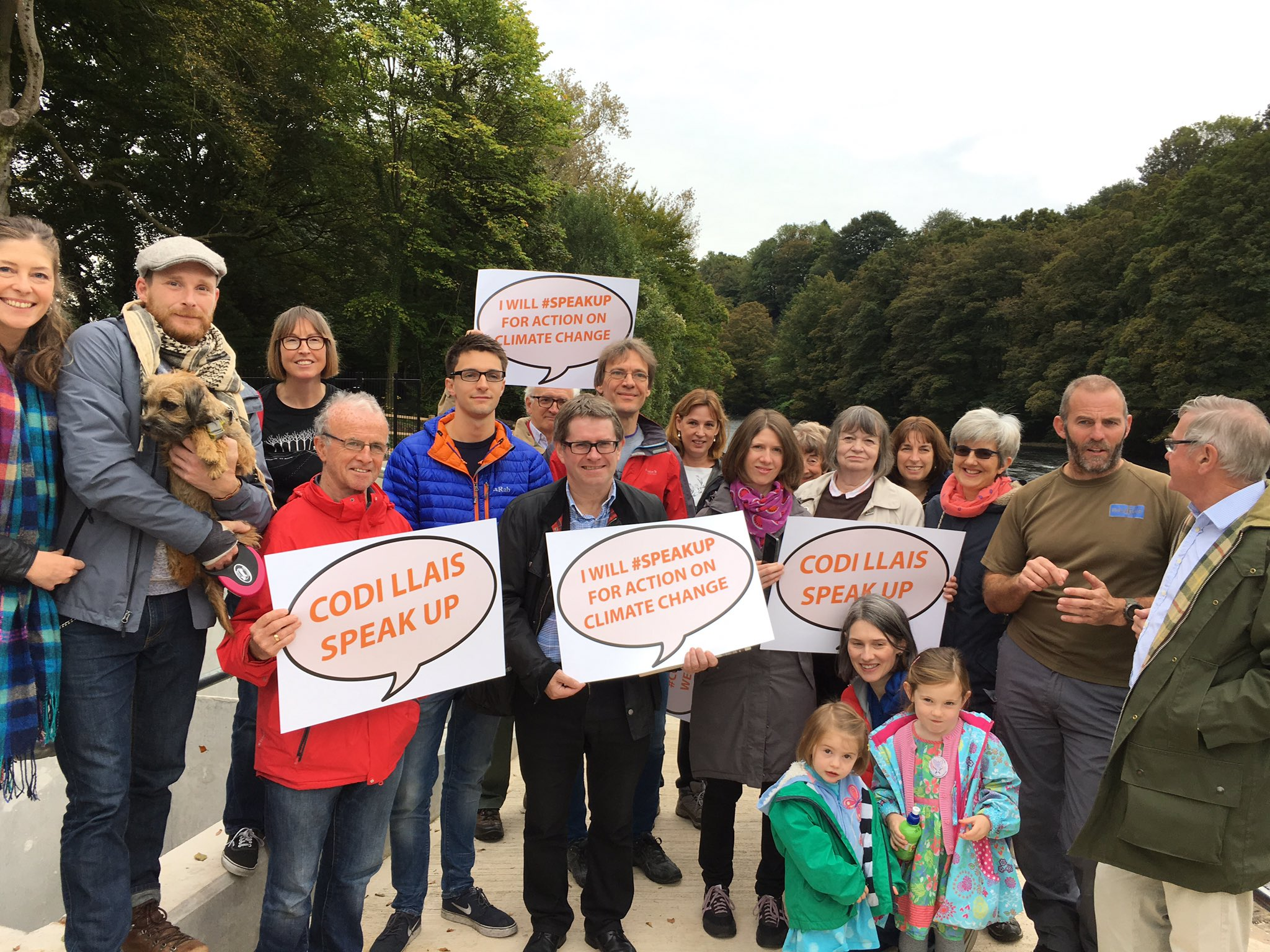 Great morning with @SCCCymru Speak Up on climate change event.Visit to Radyr Weir with @KevinBrennanMP Impressive council staff commitment. https://t.co/u7DEbKcT37