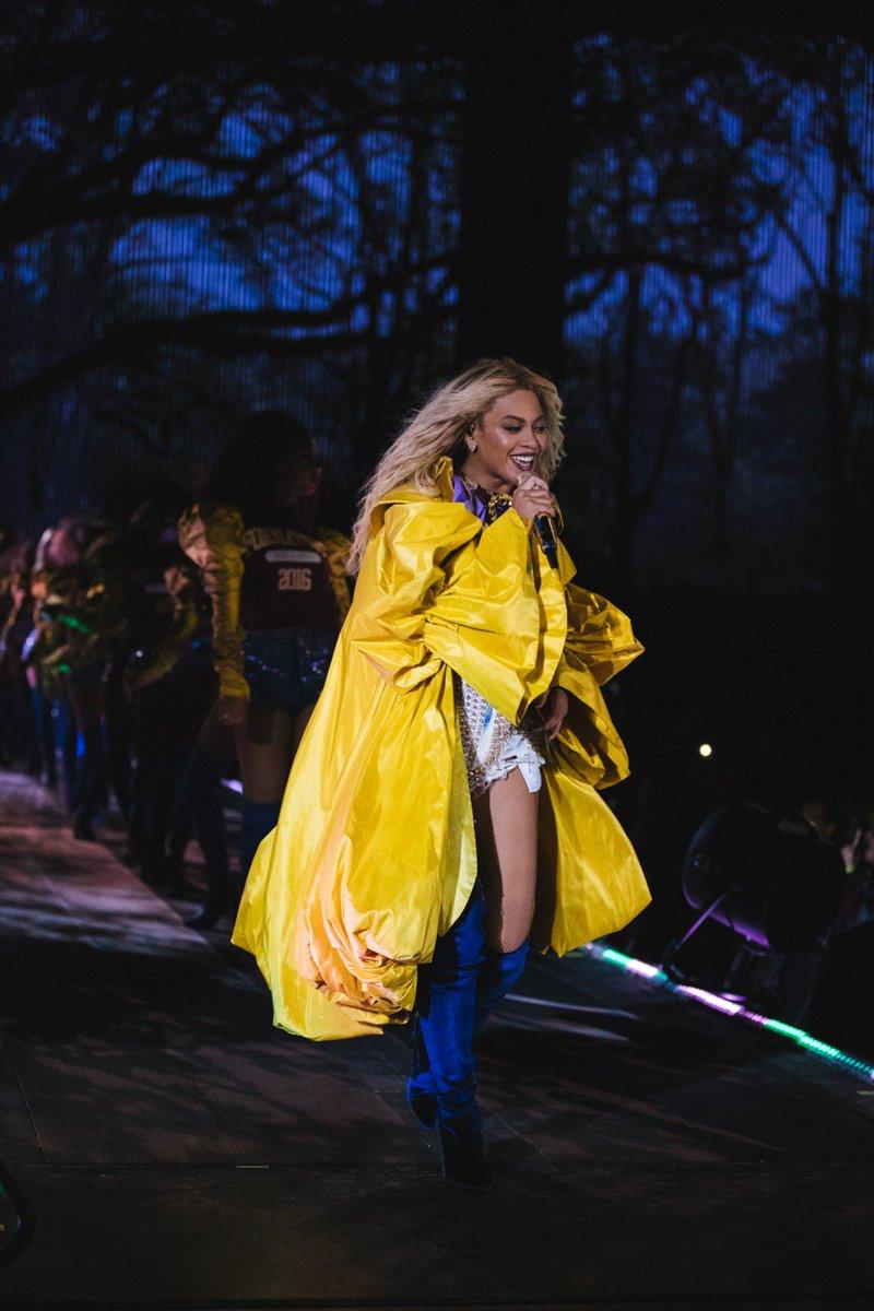 Beyoncé >> The Formation World Tour - Página 44 CuP_Q_BWYAQk5-U