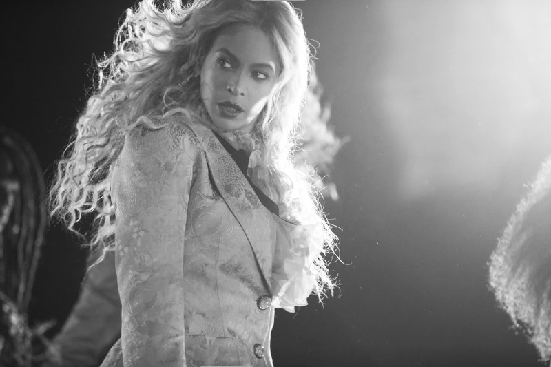 Beyoncé >> The Formation World Tour - Página 44 CuPiZFgWEAAUg_3