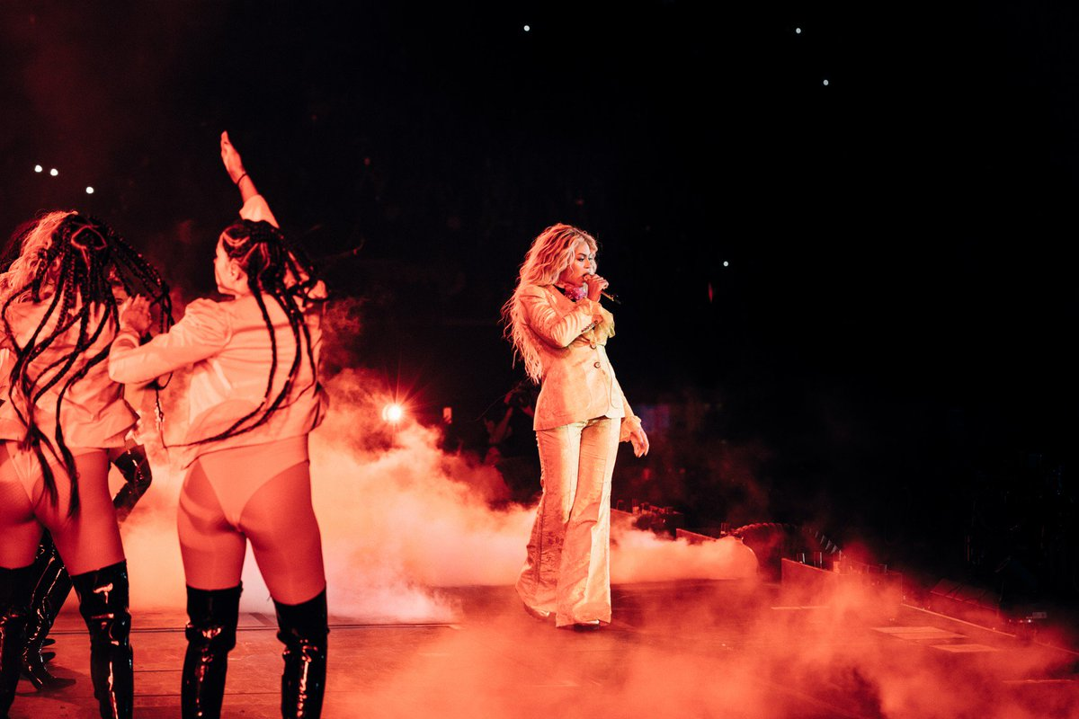 Beyoncé >> The Formation World Tour - Página 44 CuPkGO9WIAAiHvJ