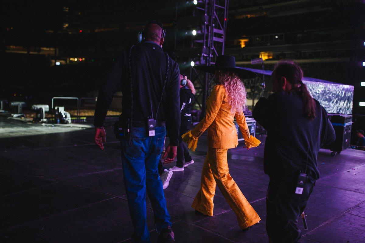 Beyoncé >> The Formation World Tour - Página 44 CuPkT5-WAAAmcx8