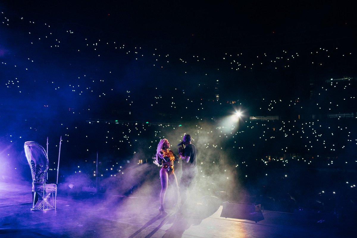 Beyoncé >> The Formation World Tour - Página 44 CuQB4_nWgAA2VQJ