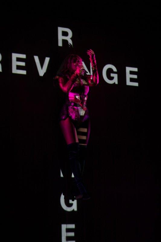 Beyoncé >> The Formation World Tour - Página 44 CuQF3vgWYAAbYQv