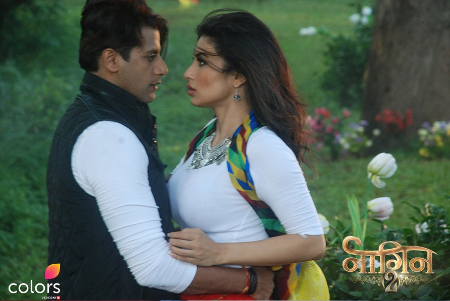 Naagin 2 Serial Pictures Shivangi Rocky Photos Mouni Roy Karanvir