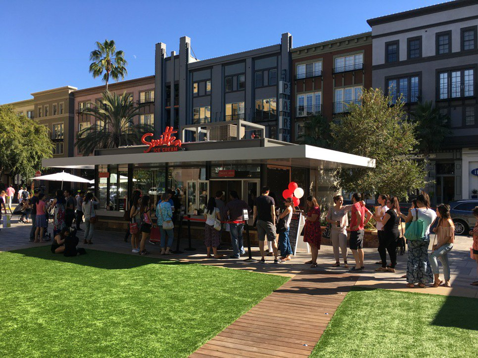 ICYMI, @SmittenIceCream is open in @SantanaRow and they are busy. https://t.co/Dpe7wXnYQS