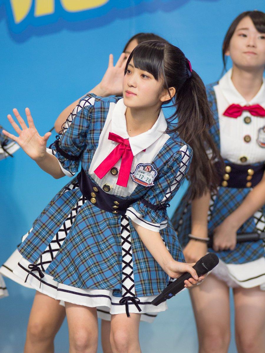 チーム8寺田美咲 2016/10/9 鹿児島県中央駅 アミュ広場第3回KKB夢応援フェスタAKB48 チーム8 寺田美咲(長崎県) みさっきーの初ステージ撮れました。