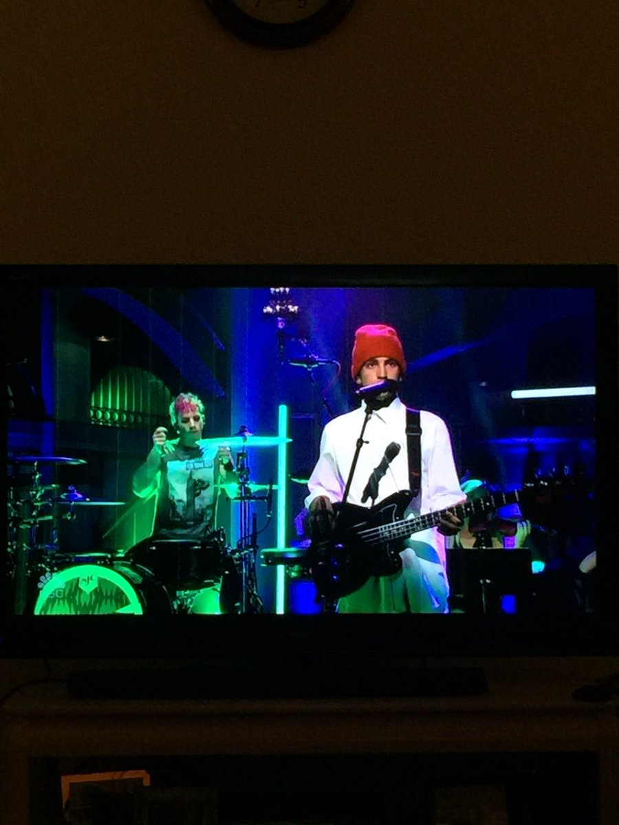 Yeah, that's my brother & his BFF on freakin' Saturday Night Live