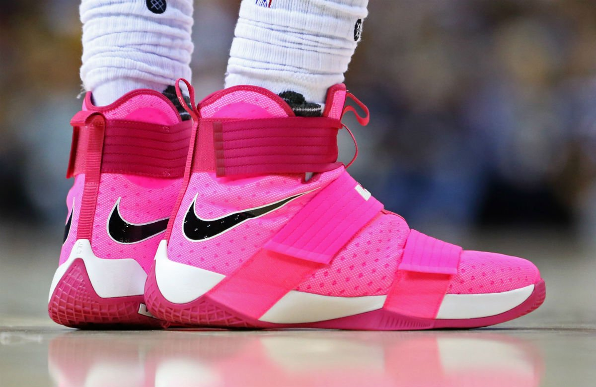 meet 0a15e 5b252 solewatch kingjames wears pink nike lebron soldier 10 for breast cancer  awareness