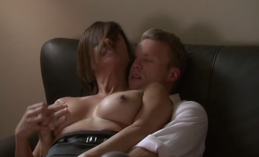 Free videos of milfs fucking