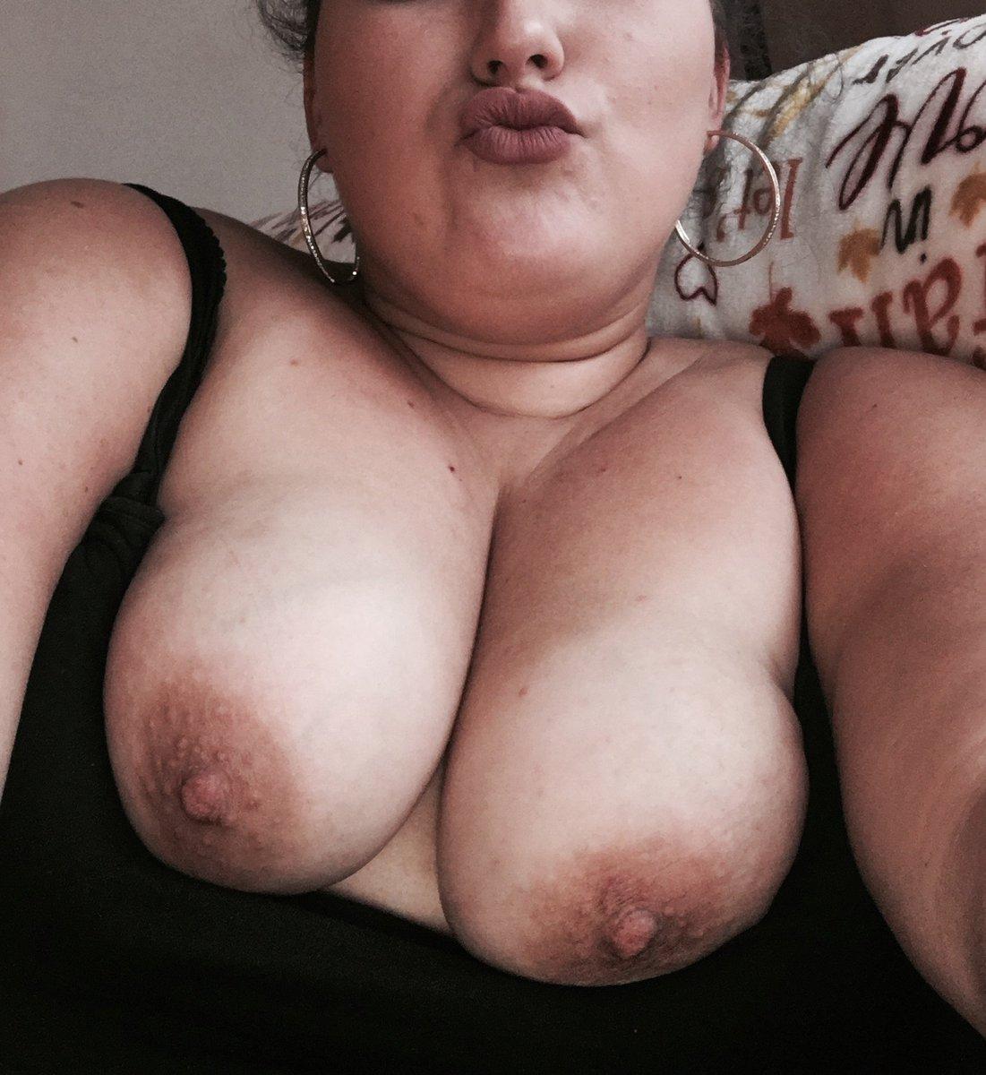 Nude Selfie 8729