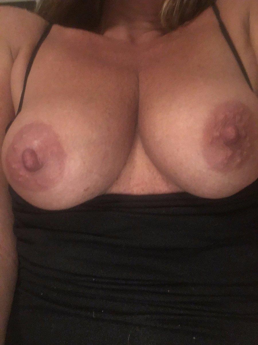 Nude Selfie 8763