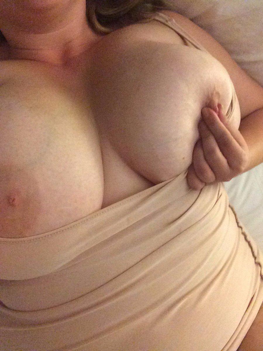 Nude Selfie 8770