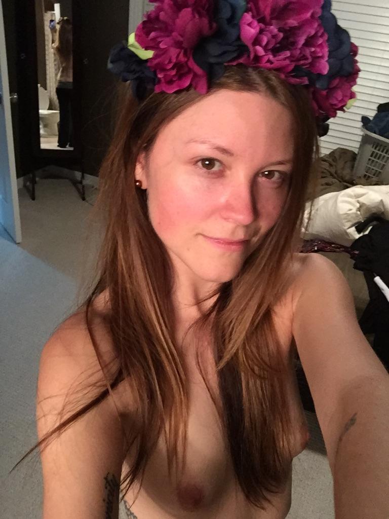 Nude Selfie 8771
