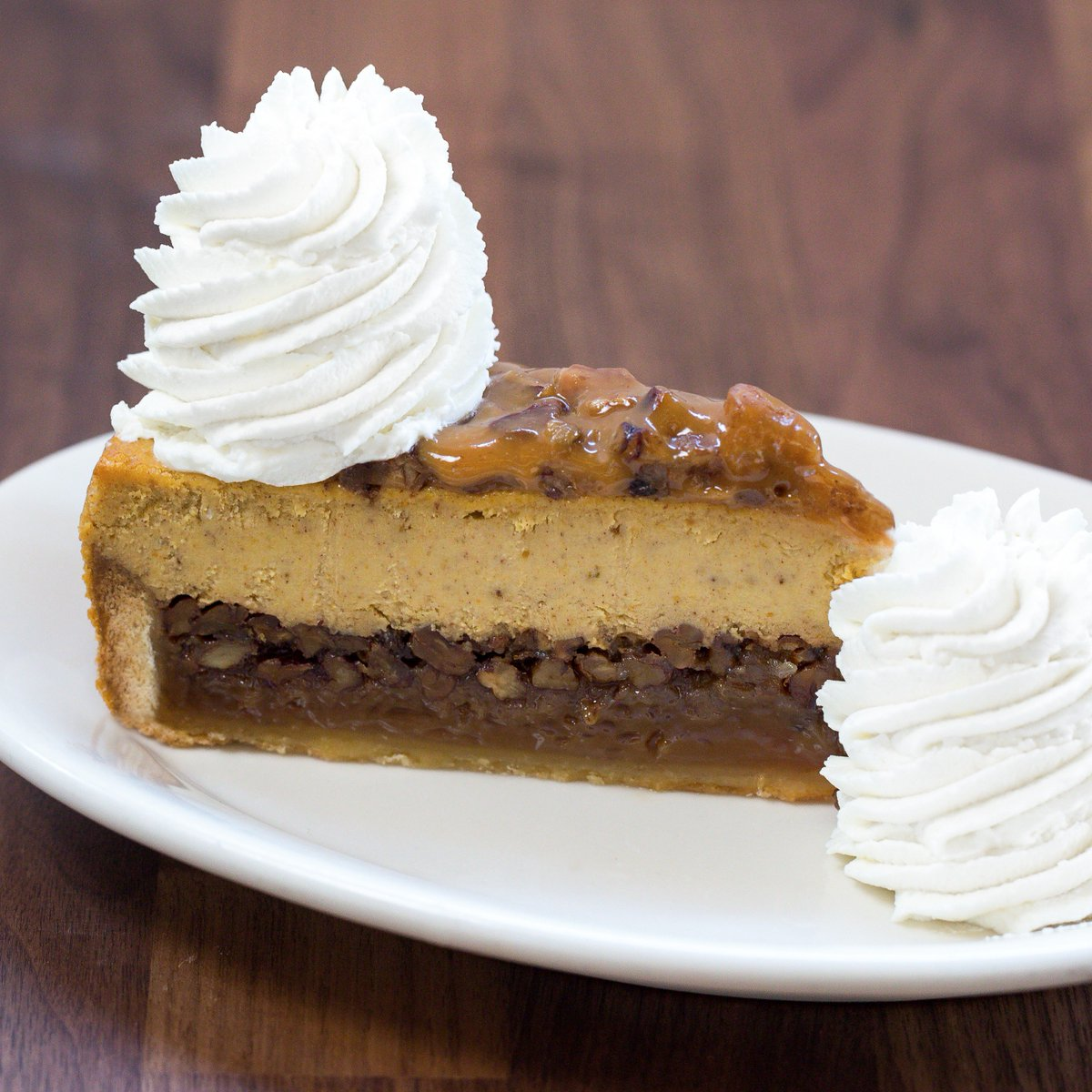 The Cheesecake Factory On Twitter Part Pumpkin Cheesecake Part Pecan Cheesecake All Good 25 Cents Of Each Slice Sold Will Be Donated To Feedingamerica Https T Co 47vxufoogn