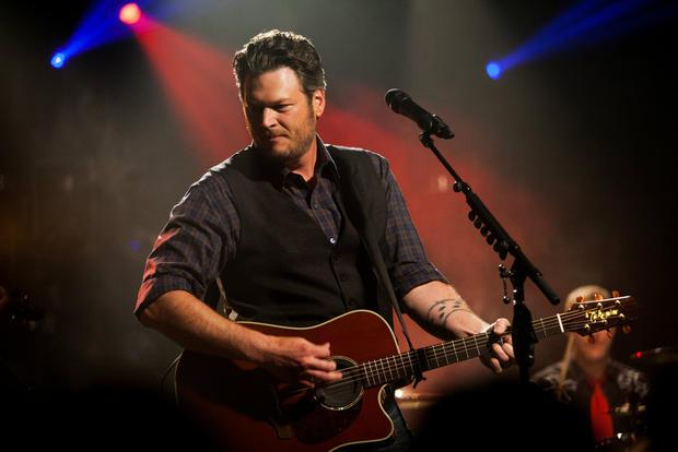 Blake Shelton triumphs at first Barclays Center show in Brooklyn https://t.co/6qJy0Ar5AE https://t.co/kXXjsFOc98
