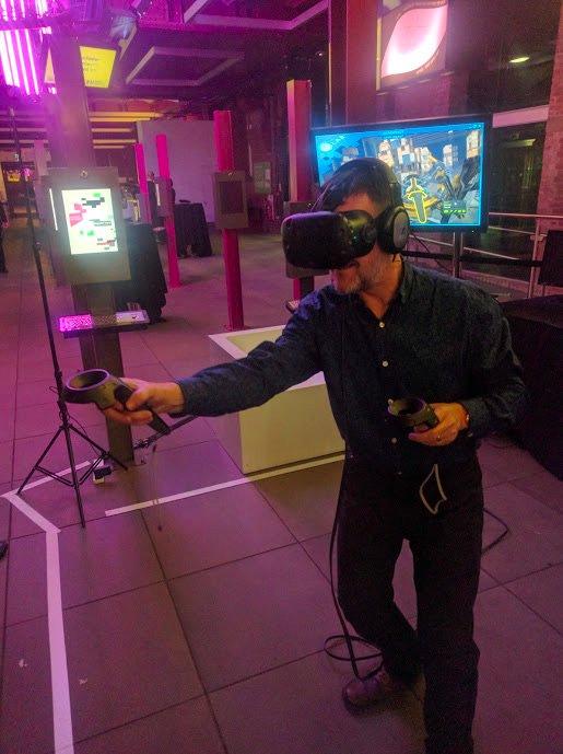 Geoff in VR