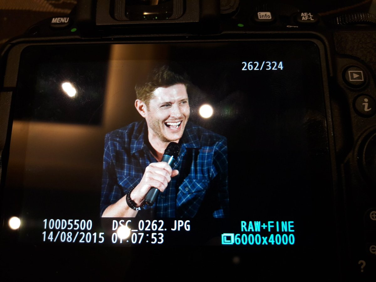 .@JensenAckles laughing preview #TorCon #spntor https://t.co/QKqCtV2U8y