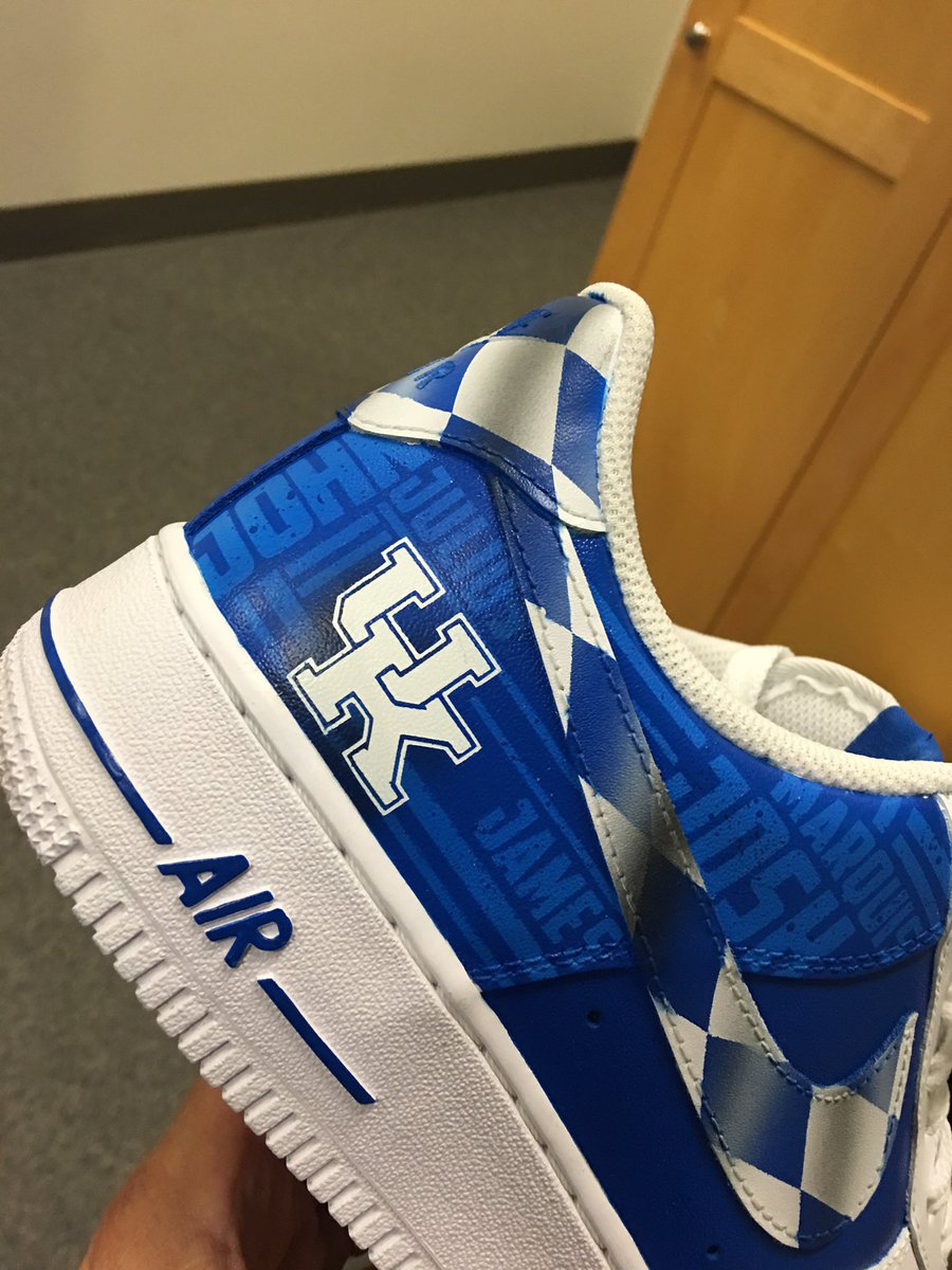 3f8ca161a083 Calipari will be rocking custom shoes at tonight s UK NBA