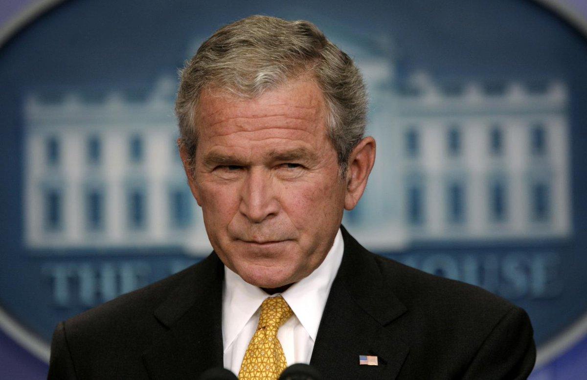"""George W. Bush's White House """"lost"""" 22 million emails https://t.co/MRRzcIk0Iu https://t.co/4LzVqXi3FD"""