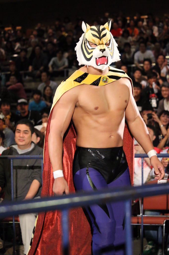 Who was wrestling as Tiger Mask W at #njkopw? @br26 (and everyone else) has some thoughts https://t.co/6Rgm6Euc3n https://t.co/0hO83EUsdu
