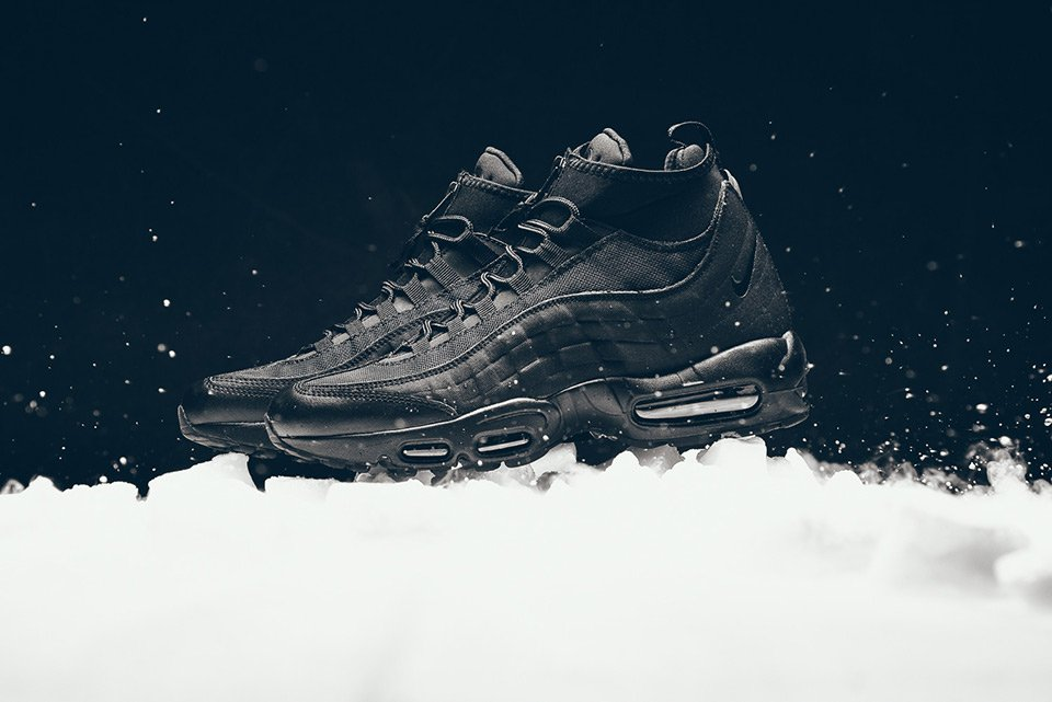 purchase cheap 3f7d6 4f4bd The Nike Air Max 95 Sneakerboot is all you need this winter ...